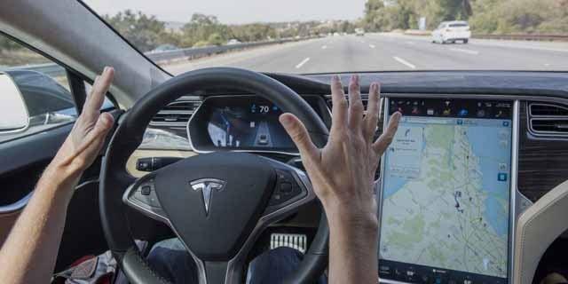 Los coches autónomos aceleran en varios frentes