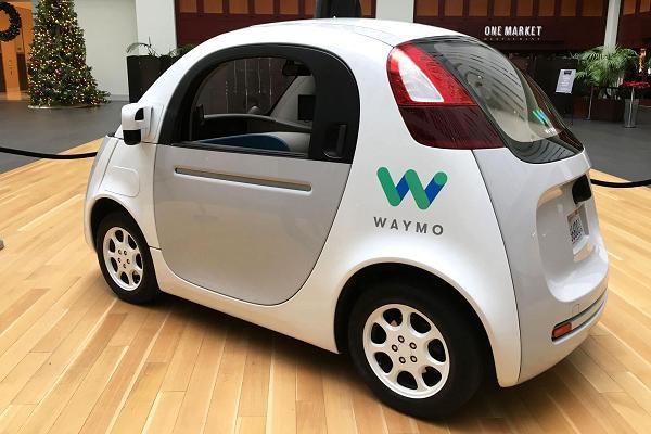 Google prueba sus taxis sin conductor en Arizona