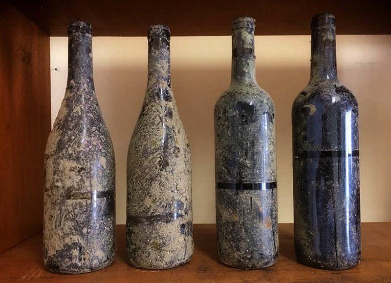 El vino que envejece en las profundidades del mar