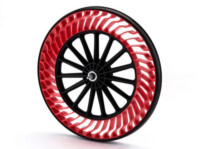 Bridgestone lanza unos neumáticos que no necesitan aire