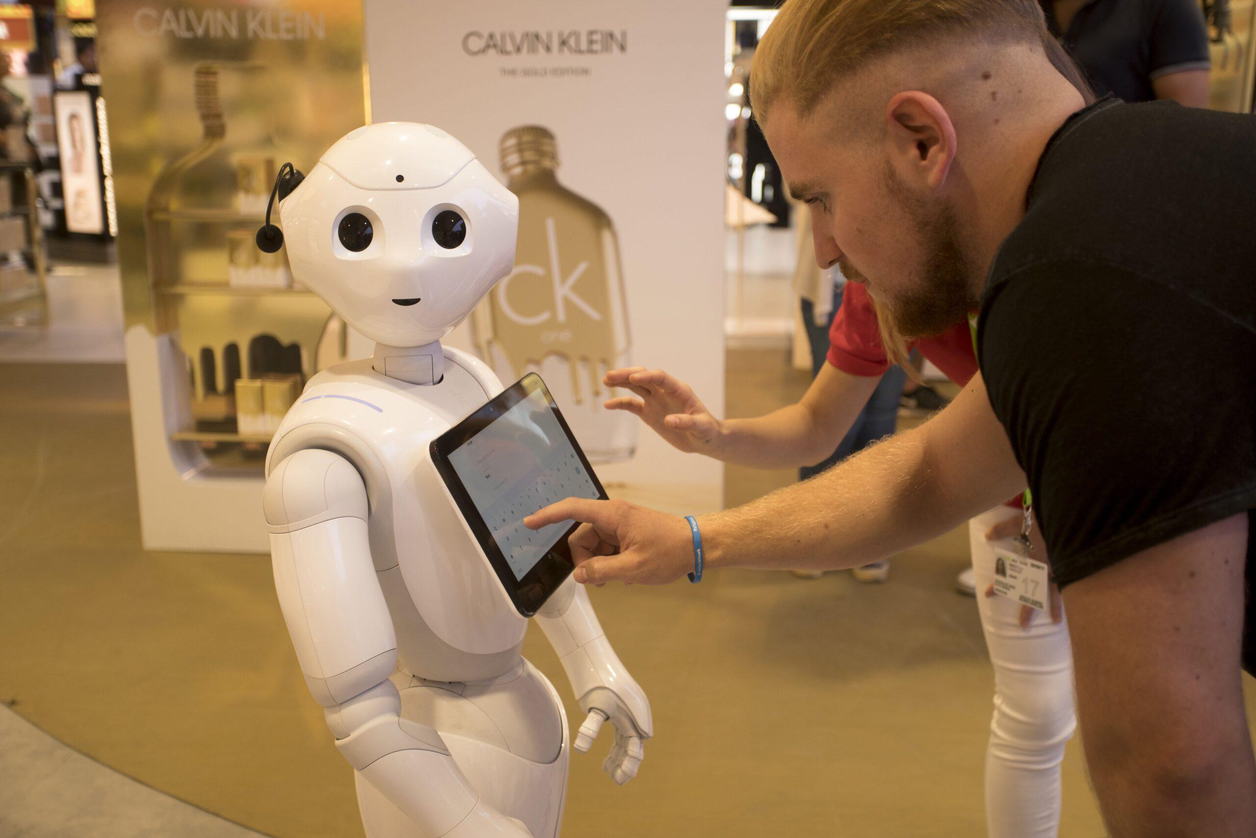 El robot humanoide que triunfa en la T4