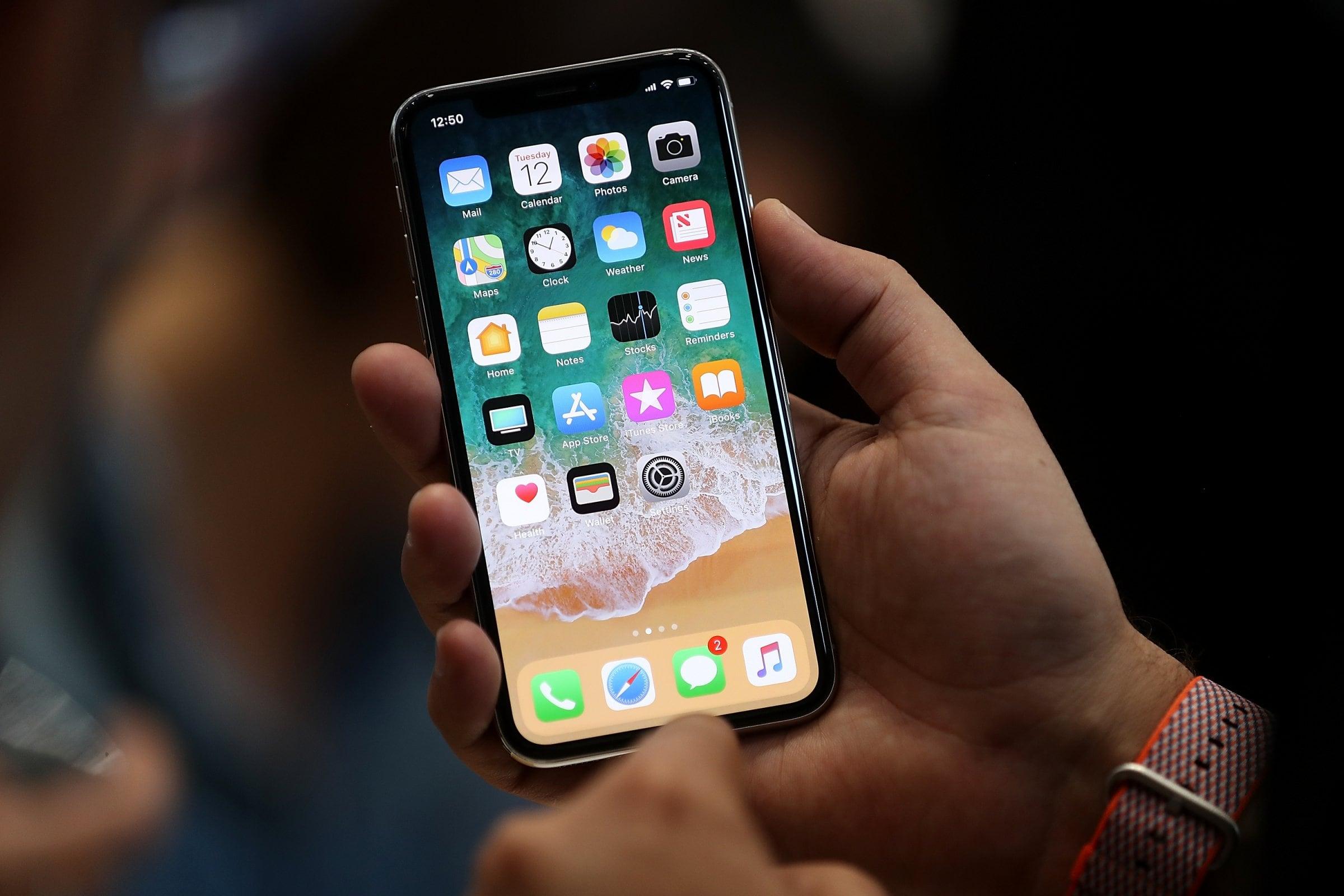 Por qué a Samsung le conviene que se vendan muchos iPhone X