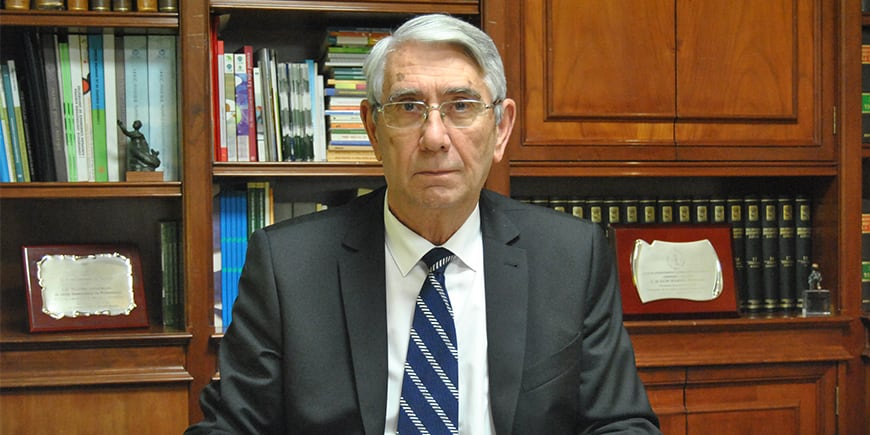Saturnino Álvarez: «La sociedad tiene asumido que cuando dejas de trabajar, dejas de existir»