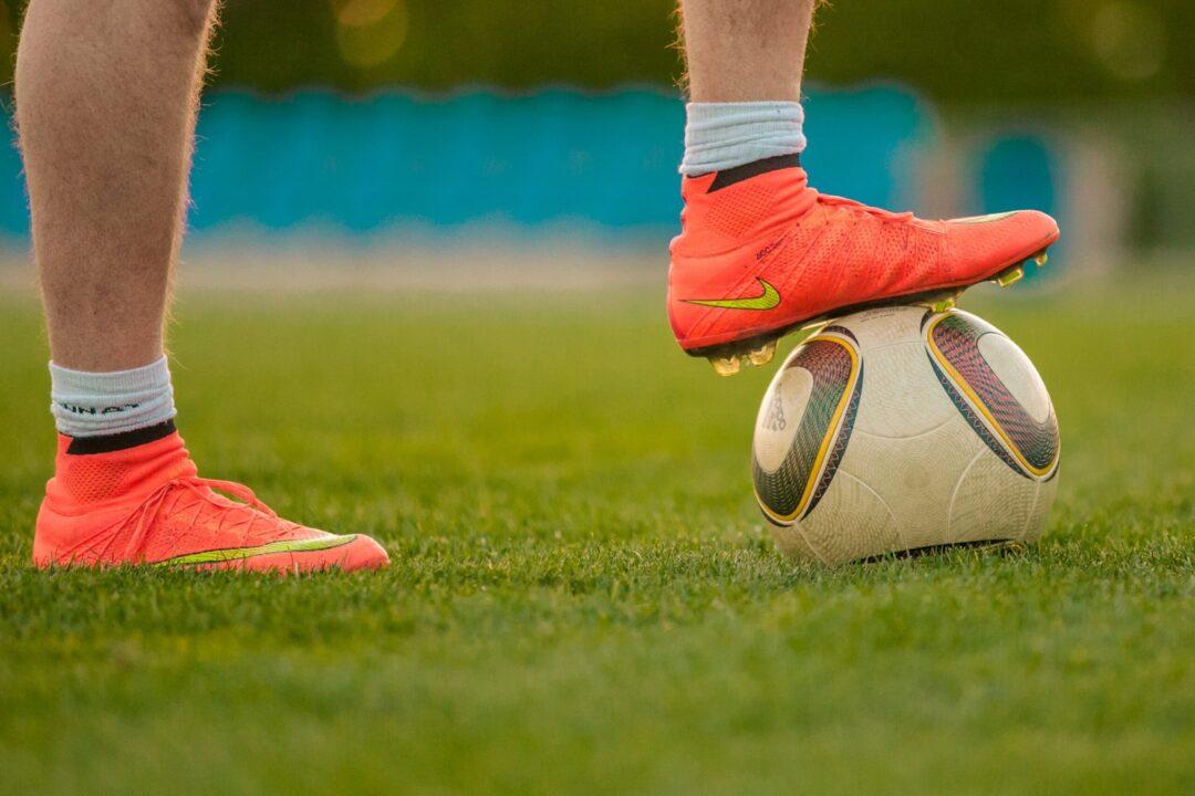 Las piernas de Cristiano Ronaldo valen el doble que las de Messi