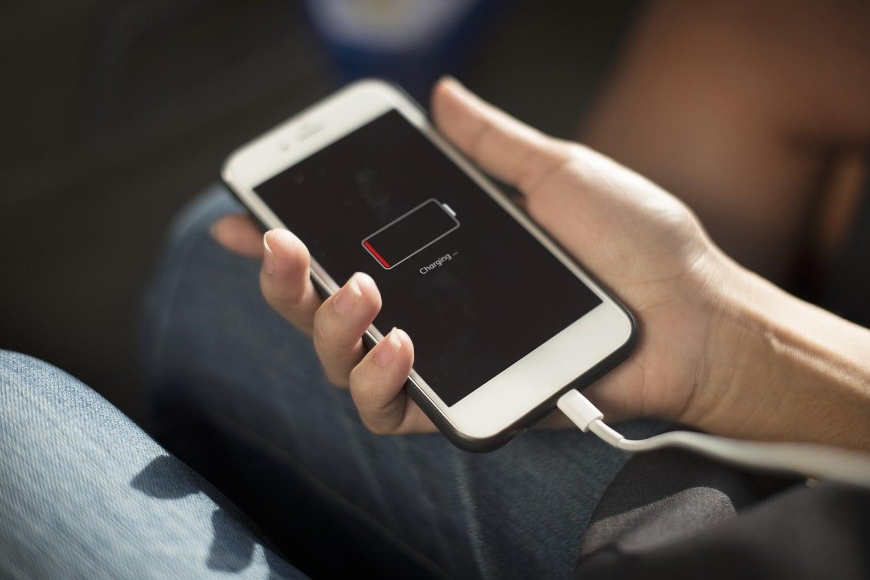 Consejos para cuidar la batería del smartphone y que dure más