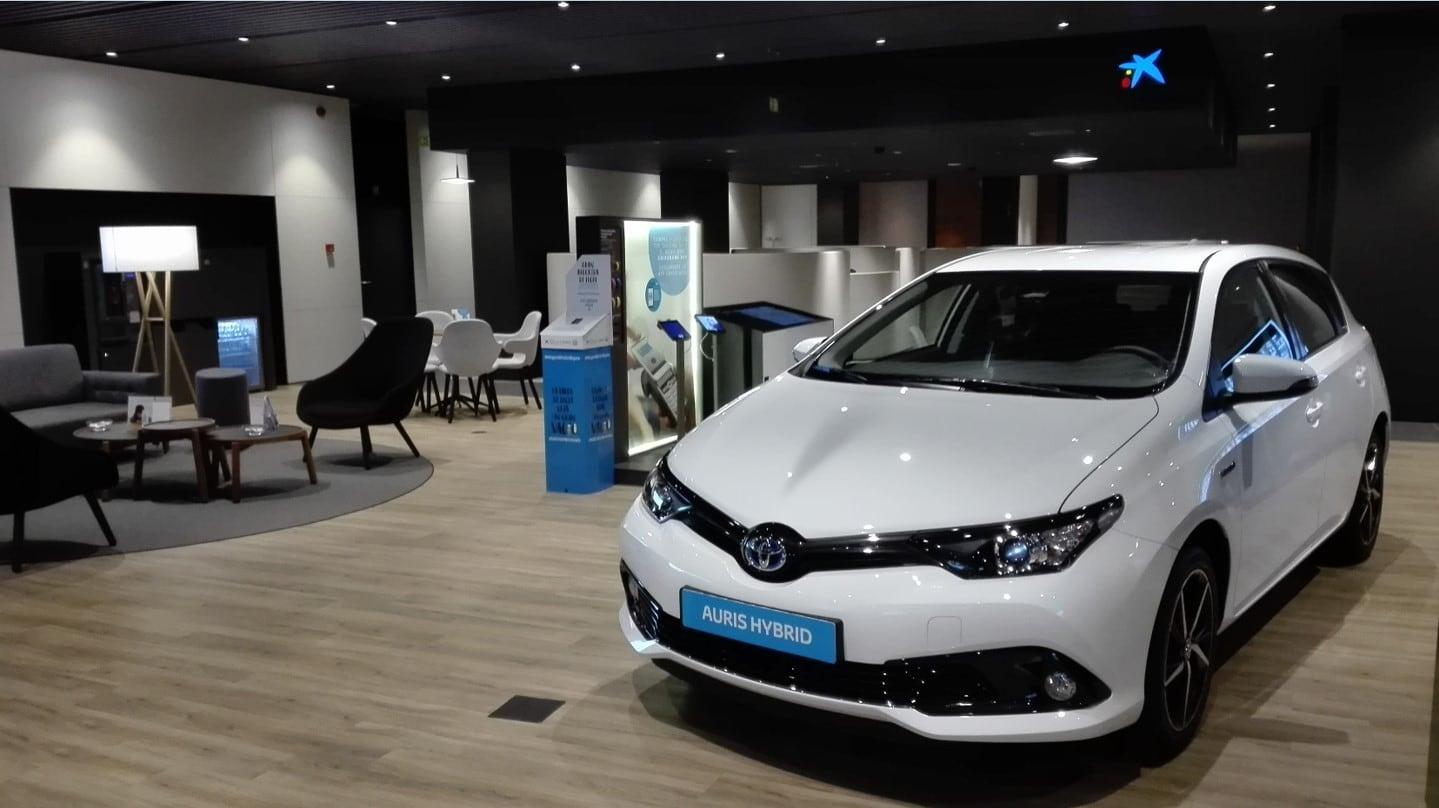 Caixabank y Arval de nuevo juntos para una movilidad sostenible