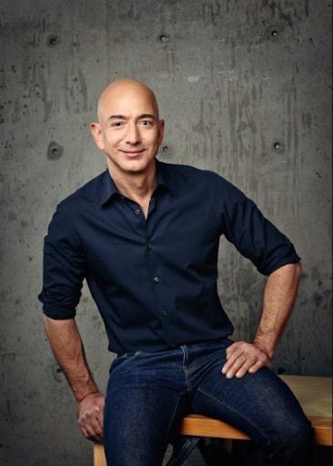 Jeff Bezos se autorretrata