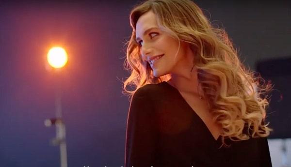 Entrevista a Ángela Ponce: de miss Universo España, a activista LGTB con Pantene