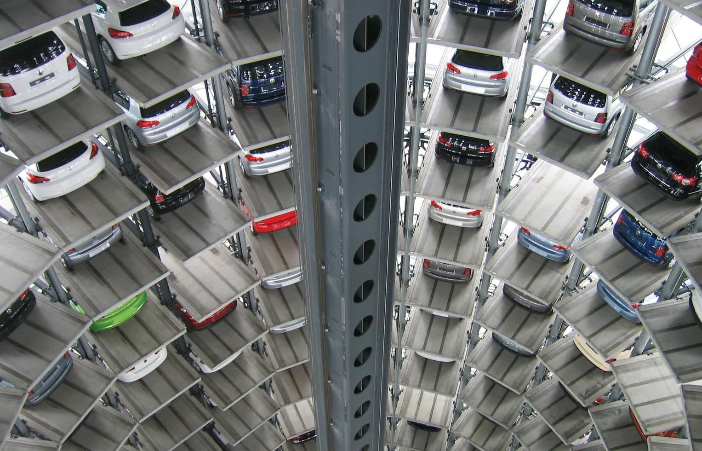 están cerrando las fábricas de coches