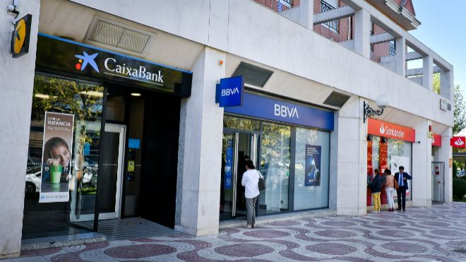 BBVA, Santander o Caixa: la banca proyecta miles de nuevas salidas en España